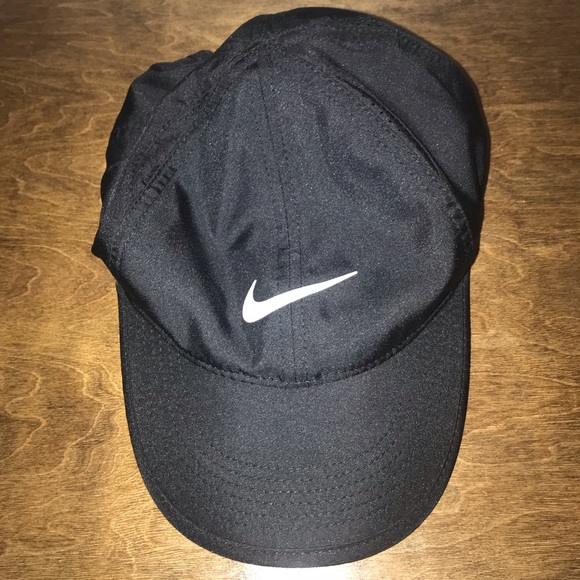 fa598ed7350 Women s Nike Hat. M 5bbb772dbaebf6e44ae37f50. Other Accessories ...